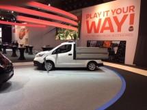 Nissan e-NV200 kipper op de autosalon brussel 2017