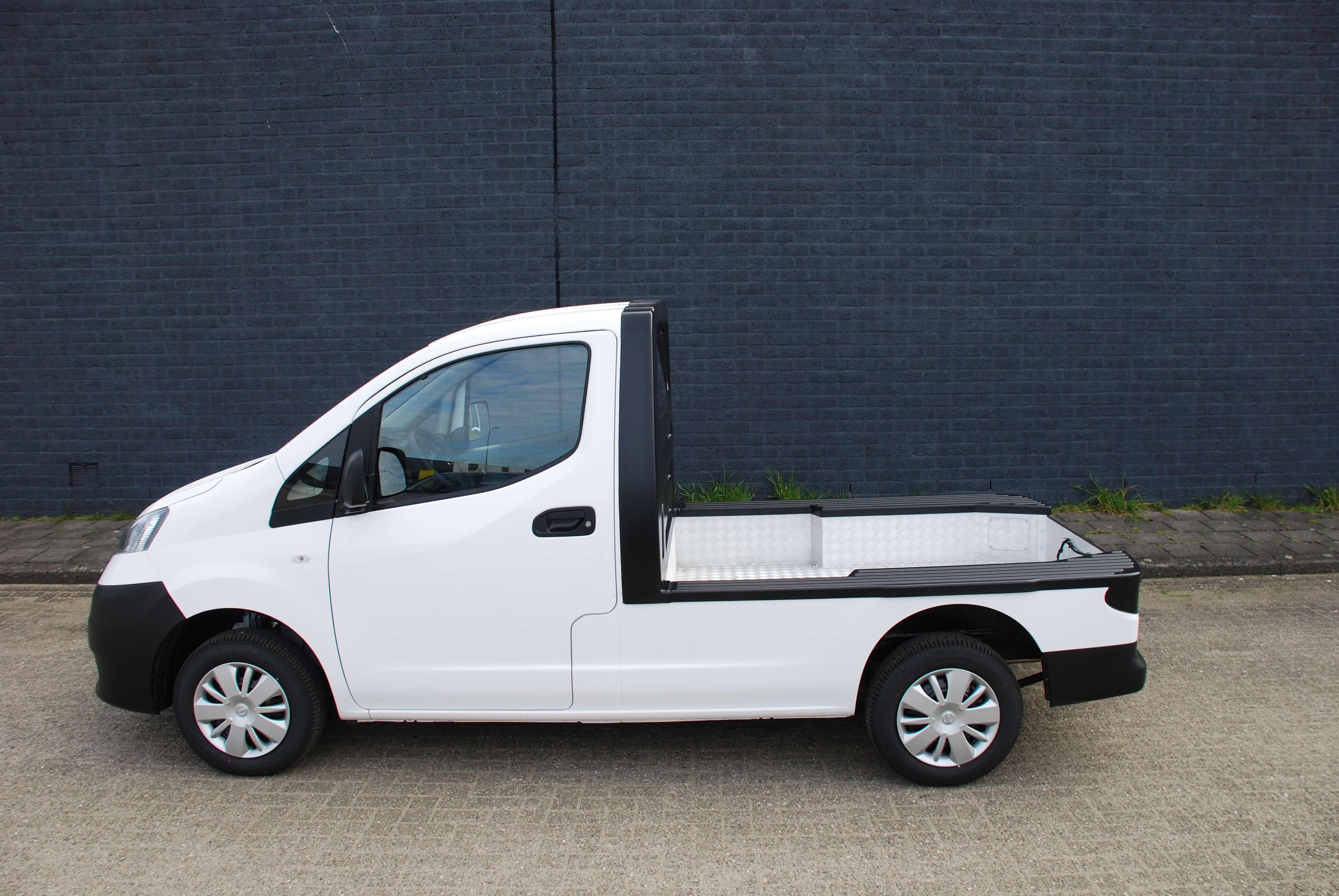 Chassis aanpassingen Nissan e-NV200 pick-up basis