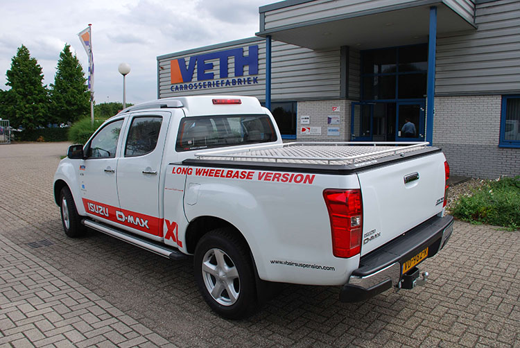 Mountain Top tonneau cover isuzu d-max